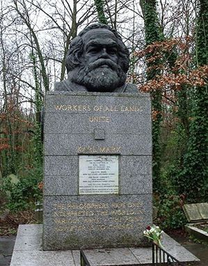 Karl Marx' grav i London